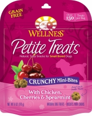 Snack Anjing Wellness Petite Treats Crunchy Mini-Bites with Chicken, Cherries & Spearmint Grain-Free Dog Treats 6-oz (170gr)